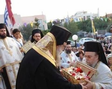 Υποδοχή της Τιμίας Χειρός του Αγ. Γεωργίου από Ι.Μ.Ξενοφώντος στην Ν. Ερυθραία