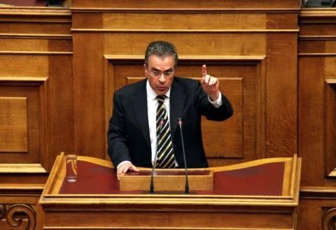 Ντοκουμέντο: Ο Ντινόπουλος ζητά να ασφαλιστεί ως άνεργος