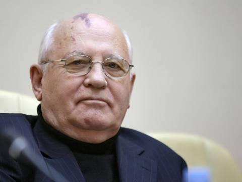 Παρέμβαση Γκορμπατσόφ: Προειδοποιεί για τον κίνδυνο νέου Ψυχρού Πολέμου