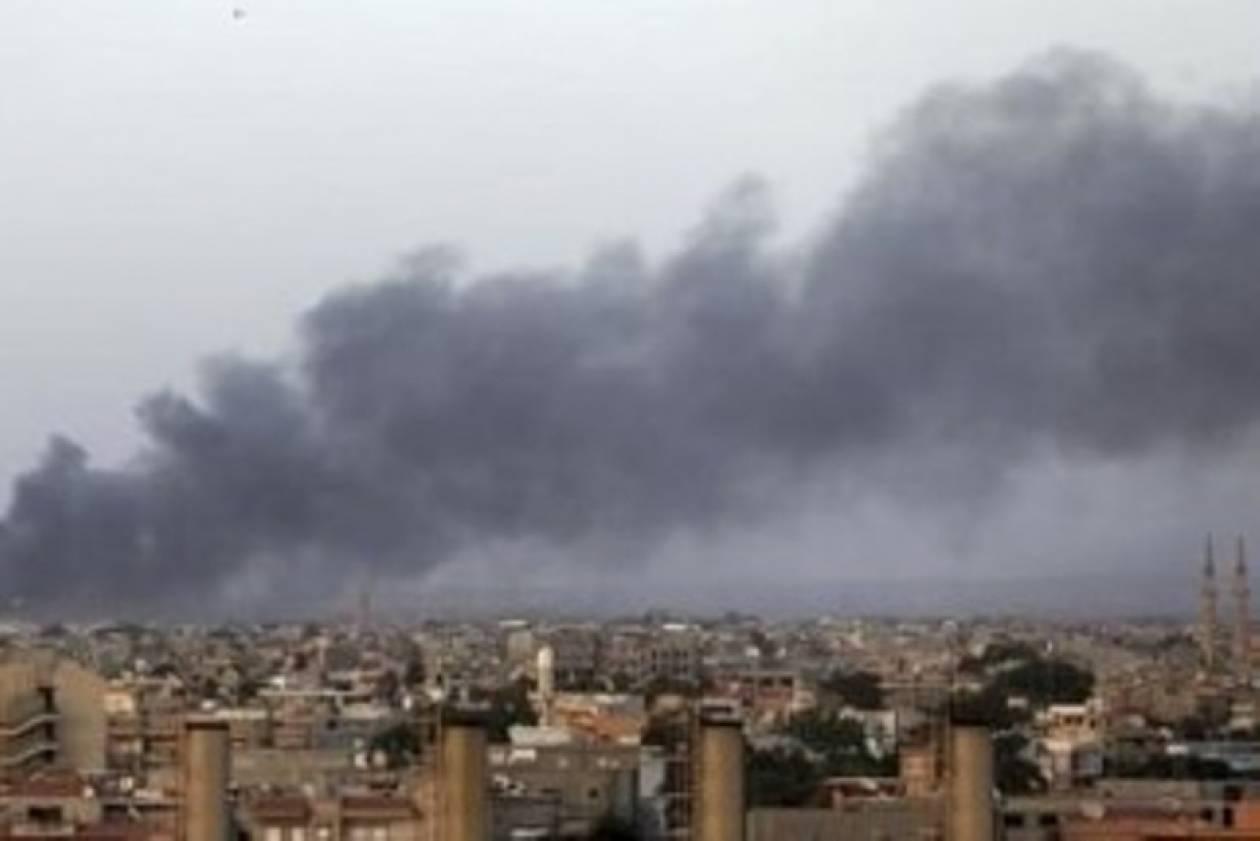 Λιβύη: Πολύνεκρες μάχες ισλαμιστών και στρατού στη Βεγγάζη