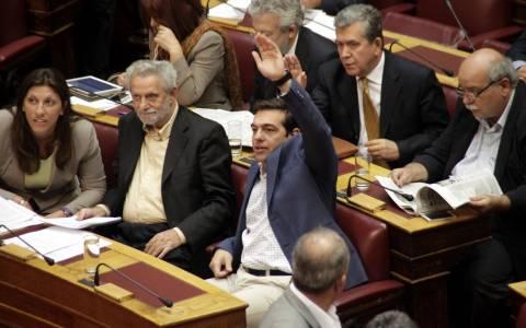 ΚΝΕ για ΣΥΡΙΖΑ: Έφτασες, φίλε, δεύτερος...