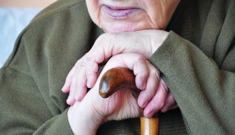 Κολωνάκι: Έκλεψαν από 90χρονη πρώην δικαστικό 2 εκατομμύρια ευρώ