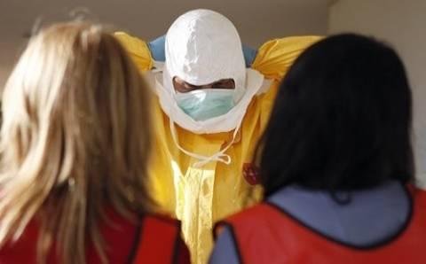 Έμπολα: «Ο ιός μπορεί να μεταλλαχθεί»