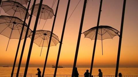 Θεσσαλονίκη: Ροζ γίνονται την Τρίτη οι Ομπρέλες του Ζογγολόπουλου