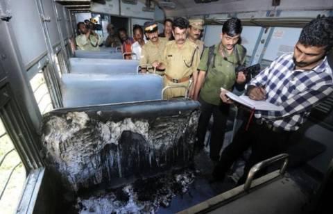 Ινδία: Άγνωστος πυρπόλησε γυναίκα μέσα σε τρένο!