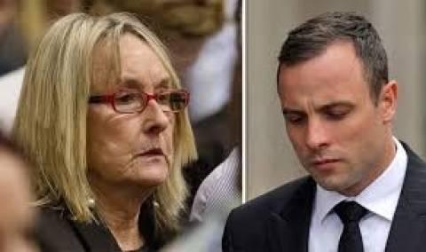 Πιστόριους: «Ικανοποιημένη» η μητέρα της Στέενκαμπ με την ποινή