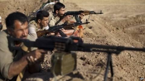 Ιρακινοί πεσμεργκά στο Κομπάνι κατά του ΙΚ