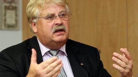 «Να διακοπούν οι διαπραγματεύσεις για ένταξη της Τουρκίας στην ΕΕ»