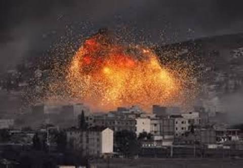 Νέες αεροπορικές επιδρομές κατά του ΙΚ σε Ιράκ και Συρία (vid)
