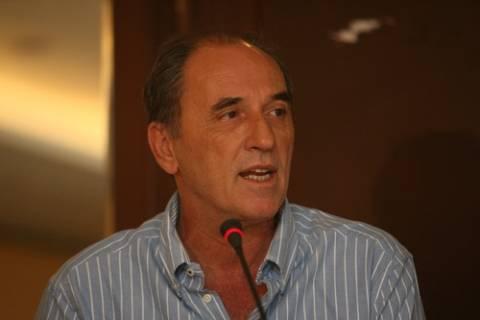 Σταθάκης: Δεν φτάνει να μας ψηφίσει, να γίνει και μέλος του ΣΥΡΙΖΑ η Γιάννα
