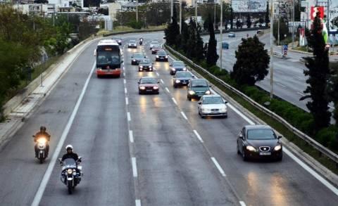 Με δυσκολία η κίνηση στην Αθηνών - Λαμίας - Τροχαίο στην κάθοδο
