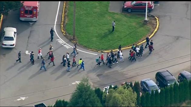 ΗΠΑ: Μακελειό σε σχολείο με δύο νεκρούς και επτά τραυματίες (pics - vid)