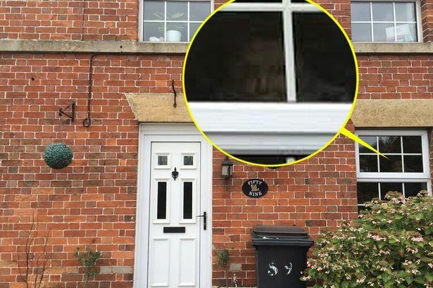 Βρετανία: Φάντασμα δολοφόνου (;) τρομοκρατεί οικογένεια! (pic)