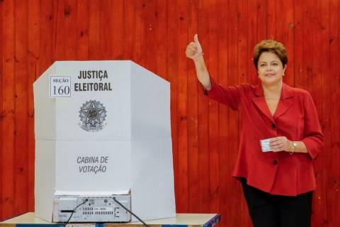 Εκλογές Βραζιλία: Όλο και πιο κοντά στην επανεκλογή η Ρούσεφ