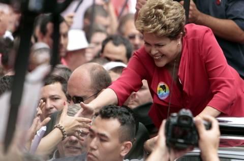 Βραζιλία: Η Ρούσεφ δεσμεύτηκε πολιτικές μεταρρυθμίσεις