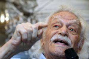 Γλέζος: Ξανά σε εκλογές αν βγούμε με το μπόνους των 50 εδρών