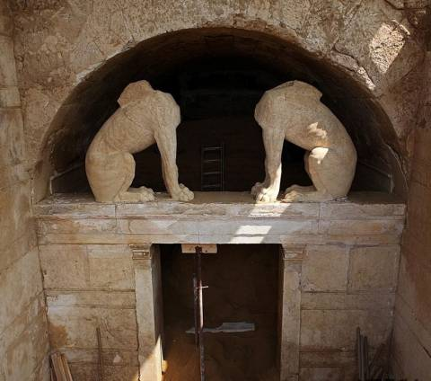"Amphipolis: A ""breath"" from the uncovering of the ancient floor of the third chamber"