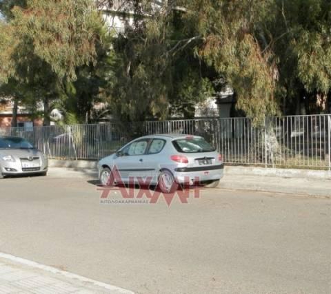Μεσολόγγι: 45χρονη ζει με το γιο της εδώ και 7 μήνες σε αυτοκίνητο