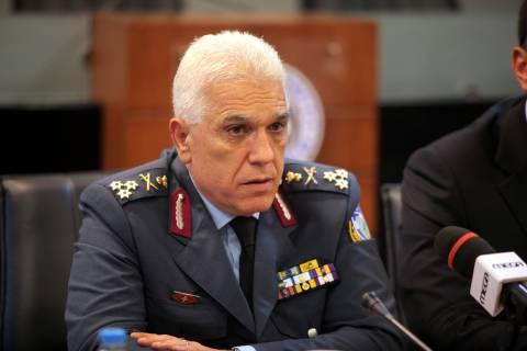 Τσακνάκης: Να αντισταθούμε σε όσα καταρρακώνουν το ηθικό μας ως Έθνος