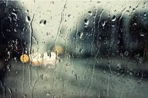 Ζάκυνθος: Δεν πραγματοποιήθηκε η παρέλαση λόγω βροχής