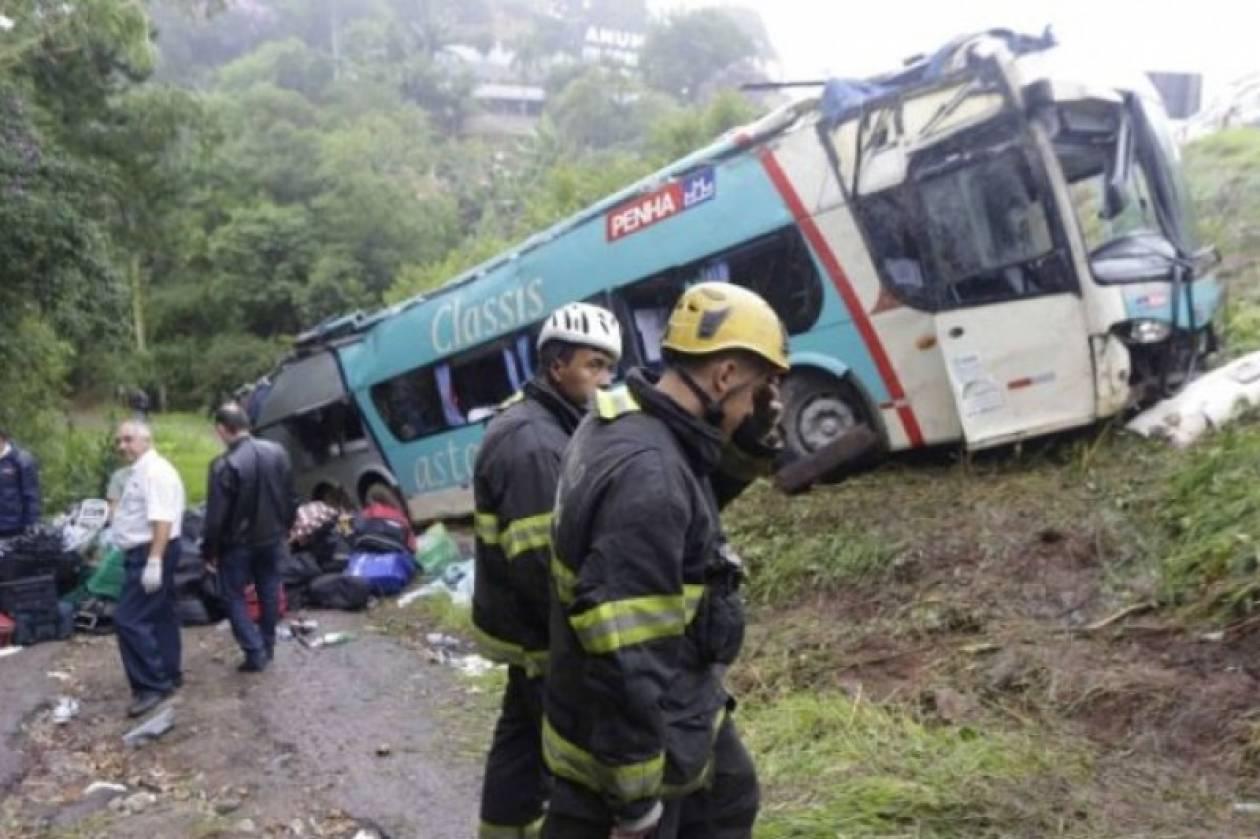 Βραζιλία: Πολύνεκρη σύγκρουση σχολικού λεωφορείου με φορτηγό
