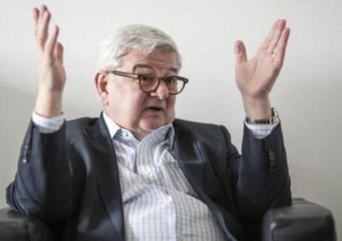 Φίσερ κατά Τσίπρα: Είναι επικίνδυνος!