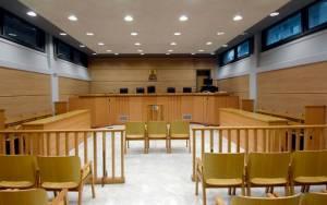 Πανδικαστική συγκέντρωση και τρίωρη στάση εργασίας στα δικαστήρια