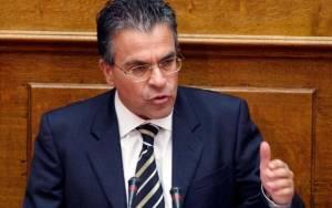 Ντινόπουλος: Ζημιές σε 1085 κατοικίες και σε 422 αυτοκίνητα
