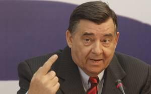 Καρατζαφέρης: «Δείχνει» Αβραμόπουλο για πρωθυπουργό