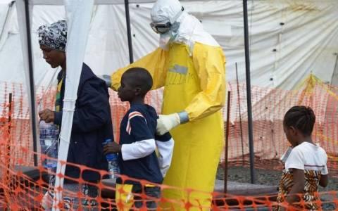 Έμπολα: 34 χώρες κατά της εξάπλωσης του ιού