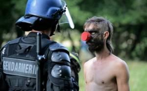 Γαλλία: Αναστολή κατασκευής γέφυρας λόγω θανάτου διαδηλωτή