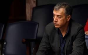 Θεοδωράκης: Η χώρα χρειάζεται ισχυρό σοκ