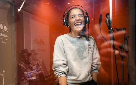Red Bull Studios: Jessie Ware Remixed