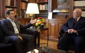 Εκλογές ο Τσίπρας, συναίνεση ο Παπούλιας