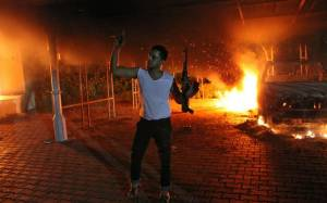 Σφοδρές μάχες στη Βεγγάζη - Μαζική φυγή των κατοίκων
