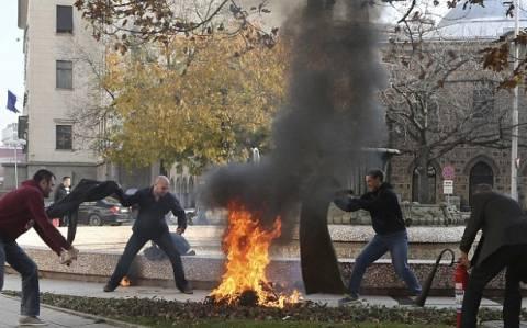Γυναίκα αυτοπυρπολήθηκε έξω από το προεδρικό μέγαρο της Βουλγαρίας