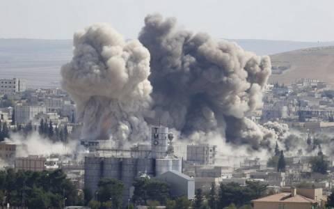 Διεθνής συνασπισμός δυνάμεων έπληξε θέσεις του ΙΚ στο Κομπάνι