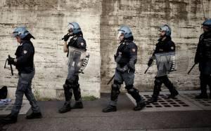 Ιταλική αστυνομία: Κανόνες «συμπεριφοράς» για τις διαδηλώσεις