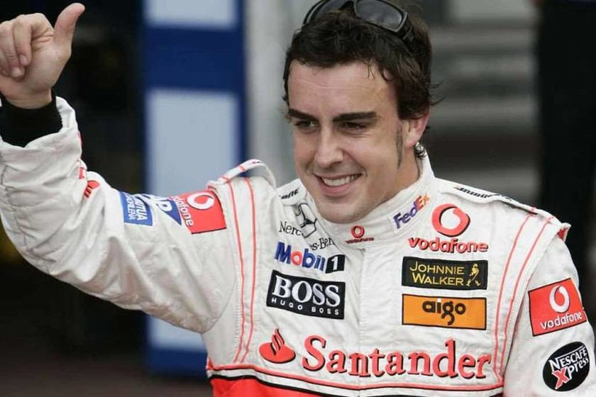 Ο Fernando Alonso ξανά με τη φόρμα της McLaren μετά από οκτώ χρόνια
