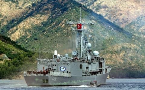 Σκηνικό έντασης στήνουν οι Τούρκοι με την κορβέτα στο Αιγαίο
