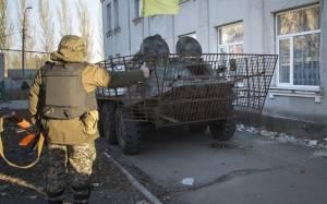 Το Κίεβο στέλνει στρατό στην ανατολική Ουκρανία