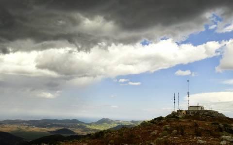 Έκλεψαν και κατέστρεψαν ραδιοφωνικό σταθμό στην Εύβοια