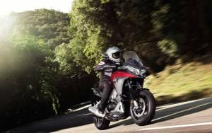 Honda: Η VFR800X Crossrunner  του 2015