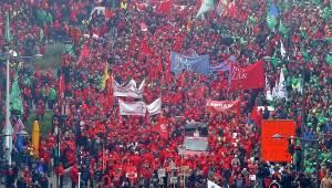 Βέλγιο: Τραυματίες σε διαδήλωση κατά της λιτότητας