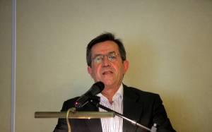 Νικολόπουλος: Όμηροι των τραπεζιτών οι πολίτες