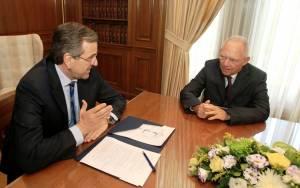 Eurogroup και Σόιμπλε ακυρώνουν τον Σαμαρά