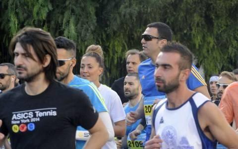 Στον Μαραθώνιο της Αθήνας έτρεξε ο Βασίλης Κικίλιας (pics)