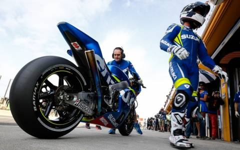 MotoGP: Ο R. De Puniet στο πρωτάθλημα Superbikes