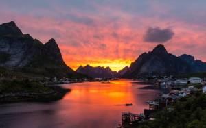 Πού βρίσκεται το πιο γραφικό ψαροχώρι στον κόσμο; (Photos)