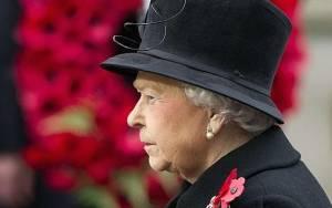 Βρετανία: Φόρος τιμής στους πεσόντες παρουσία της Ελισσάβετ
